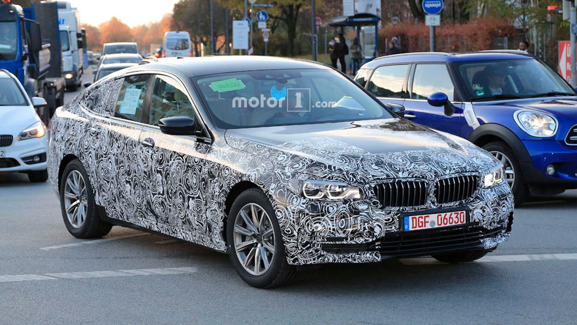bmw 6 series gt shows off even more in new spy shots. Black Bedroom Furniture Sets. Home Design Ideas