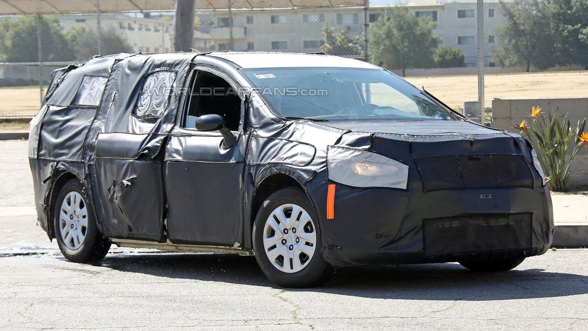 2017 chrysler town country to bow in detroit. Black Bedroom Furniture Sets. Home Design Ideas