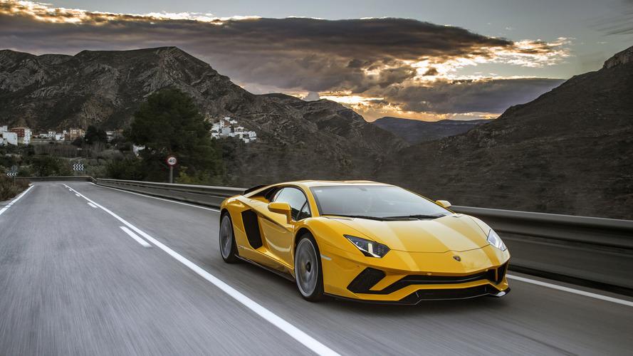 PHOTOS - La Lamborghini Aventador S en détails