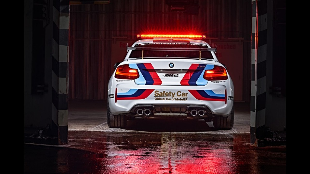 Este BMW M2 é o novo Safety Car da Moto GP 2016 - veja fotos e vídeo