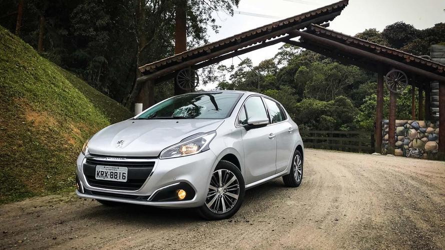 Teste rápido Peugeot 208 automático 6 marchas - Espera válida (com vídeo)