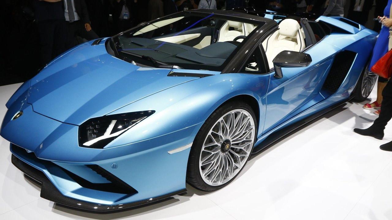 2018 lamborghini aventador blue. plain aventador 2018 lamborghini aventador s roadster live in frankfurt throughout lamborghini aventador blue