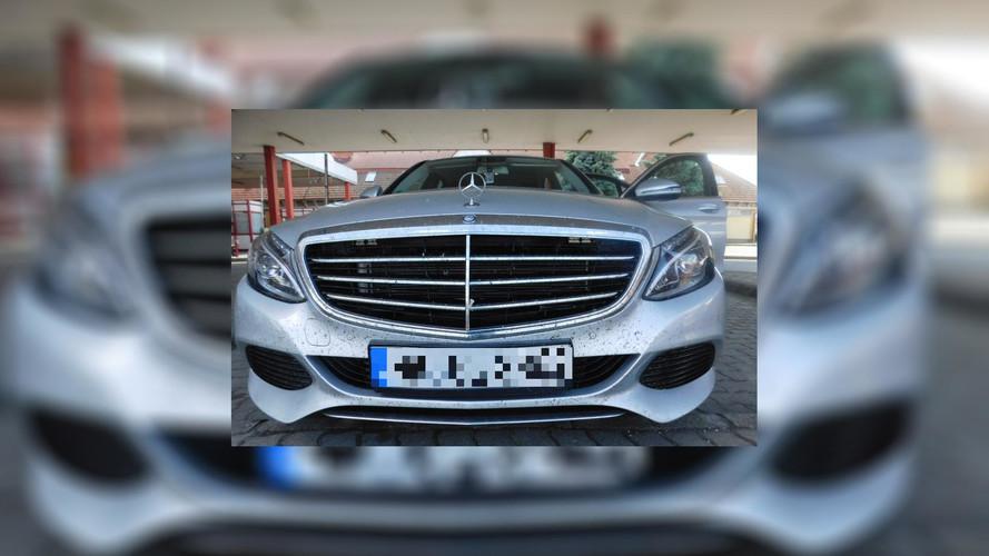 Egy órán belül két körözött autót is lefüleltek a magyar hatóságok