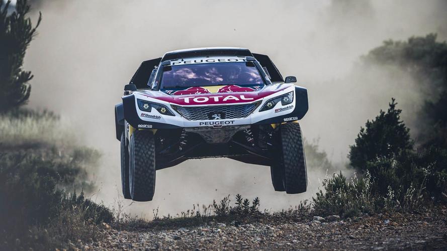 Jobban terpeszt a Peugeot új Dakar-gépe: 3008DKR Maxi