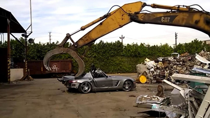 7 minutes of Mercedes-Benz SLS AMG getting crushed is the saddest thing you will see all day [video]