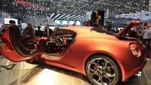Alfa Romeo 4C Concept live in Geneva - 01.03.2011
