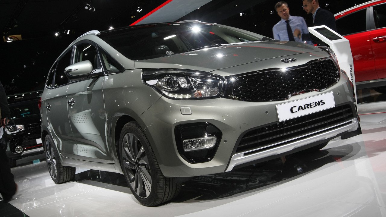 Kia Carens – from £19,045