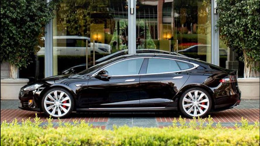 Tesla sorpassa i politici e si allea con hotel e ristoranti