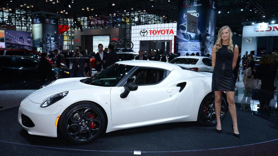 Alfa Romeo 4C bows in New York, will be launched in June