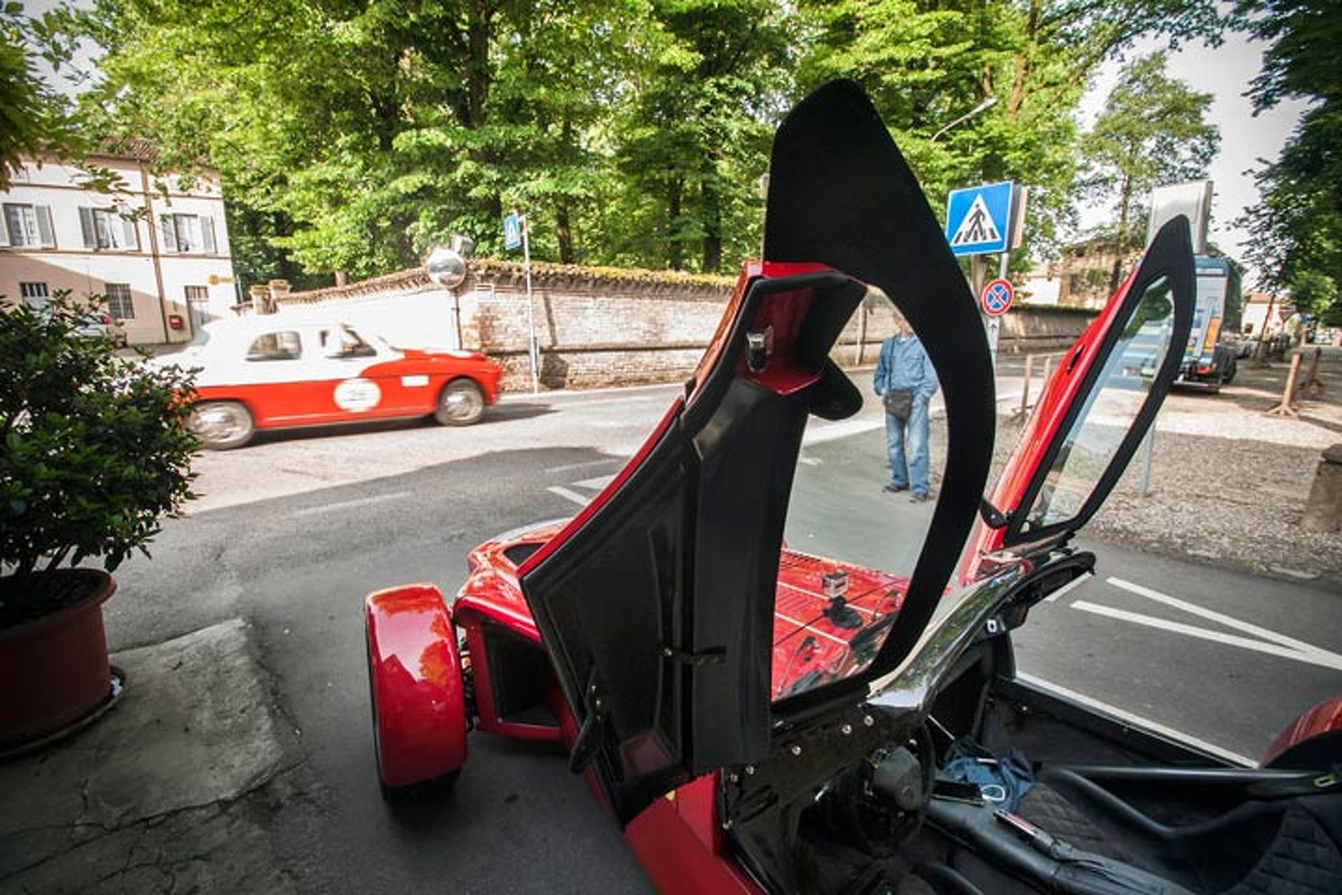 Hardcore Donkervoort D8 Gets a Softer 310HP Special Edition
