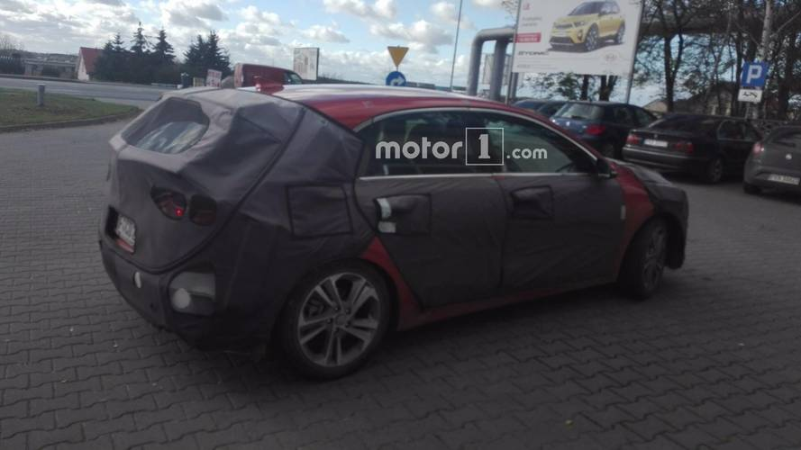 2018 Kia Ceed spied by Motor1.com reader