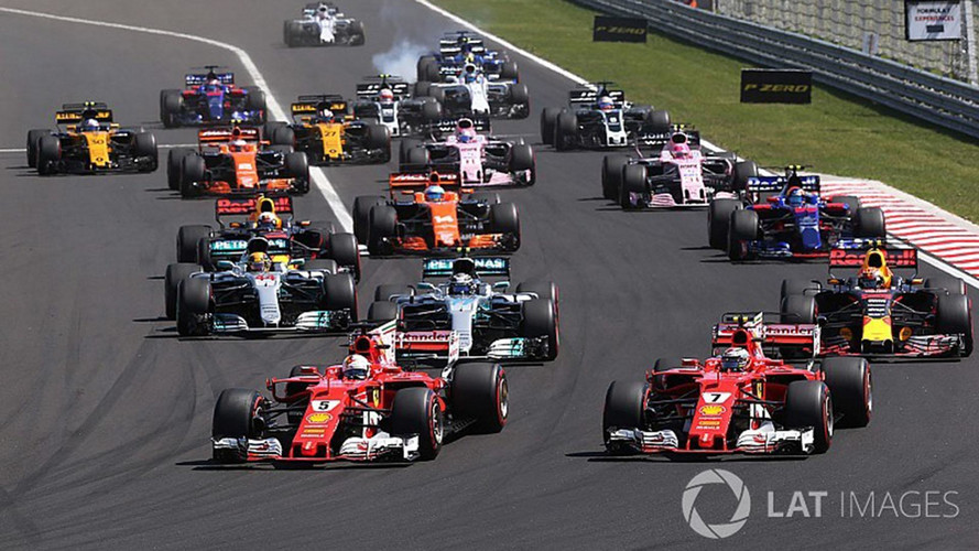 Formula 1 overtaking slumped by half in 2017