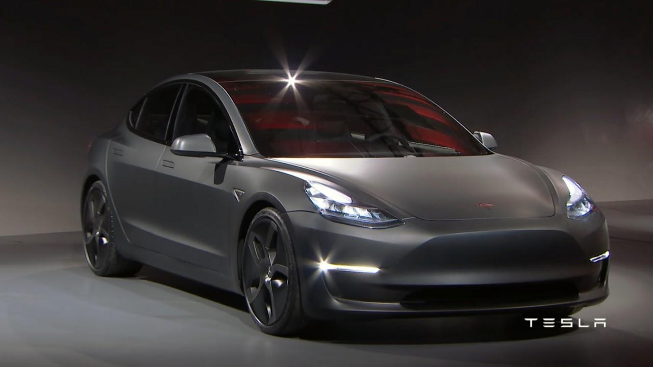 Tesla Model 3 é revelado e tem lançamento confirmado no Brasil - veja fotos