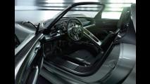 Híbrido com mais de 700cv - Porsche apresenta o 918 Spyder Concept 2010 no Salão de Genebra