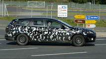 SPY PHOTOS: Newt Mondeo Variant