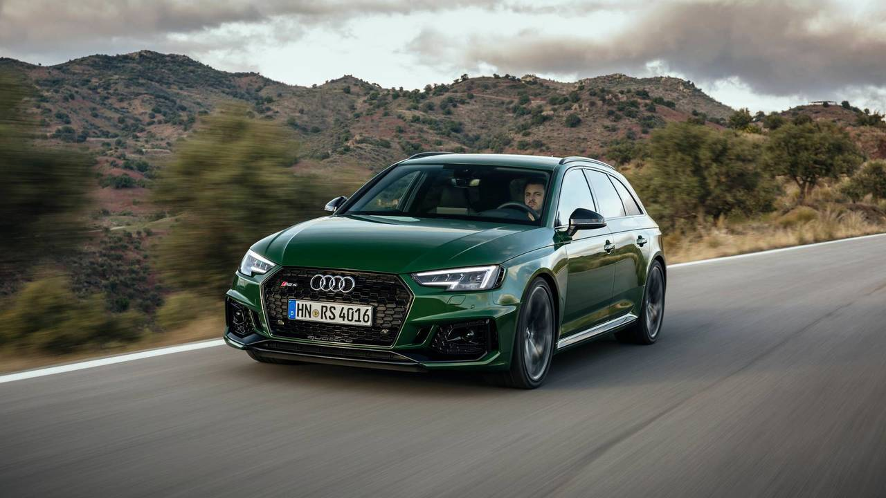 2017 audi rs4 avant first drive absurdly rapid daily driver. Black Bedroom Furniture Sets. Home Design Ideas