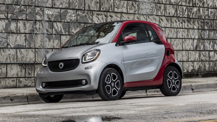 Smart ForTwo, ForFour Electric Drive go on sale in Germany
