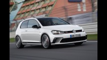 VW Golf GTI Clubsport com 290 cv celebra 40 anos do esportivo