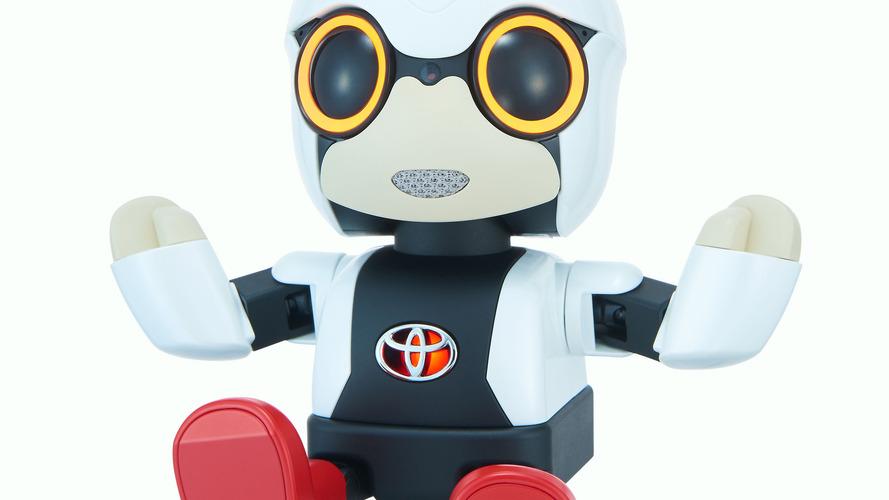 Toyota Kirobo Mini robot duyguları okuyabiliyor