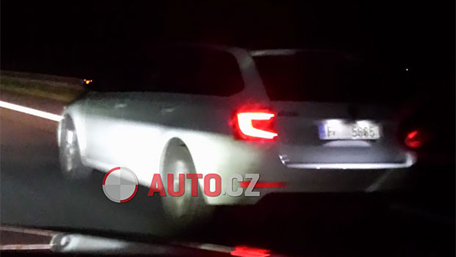 Skoda Octavia facelift spied for the first time as new details emerge