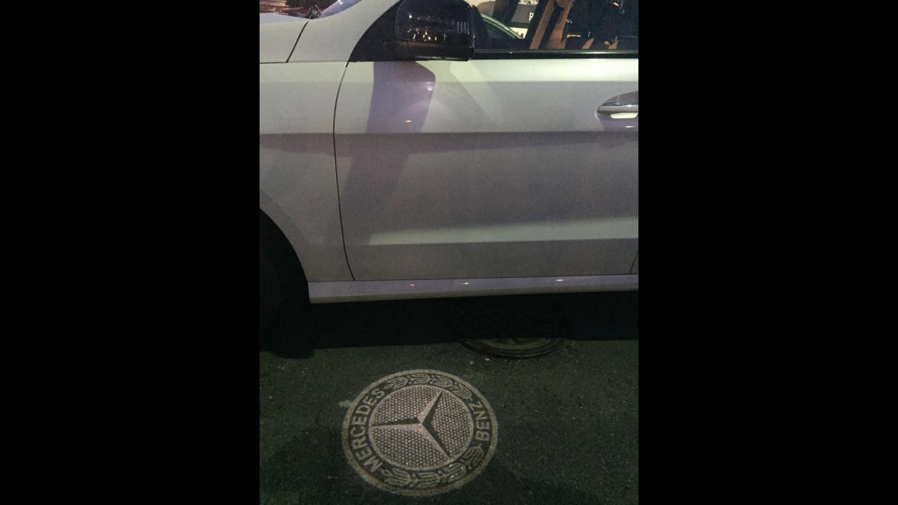 Luci di cortesia con logo: Mercedes GLE e le altre