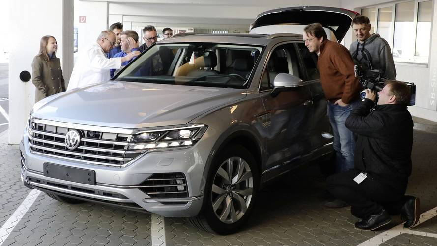VW Employees Given The Opportunity To Check Out The New Touareg