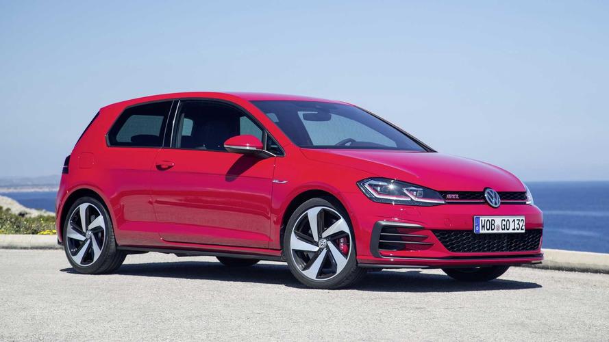 VW Golf GTI Performance With 242 Horsepower Arrives In U.K.