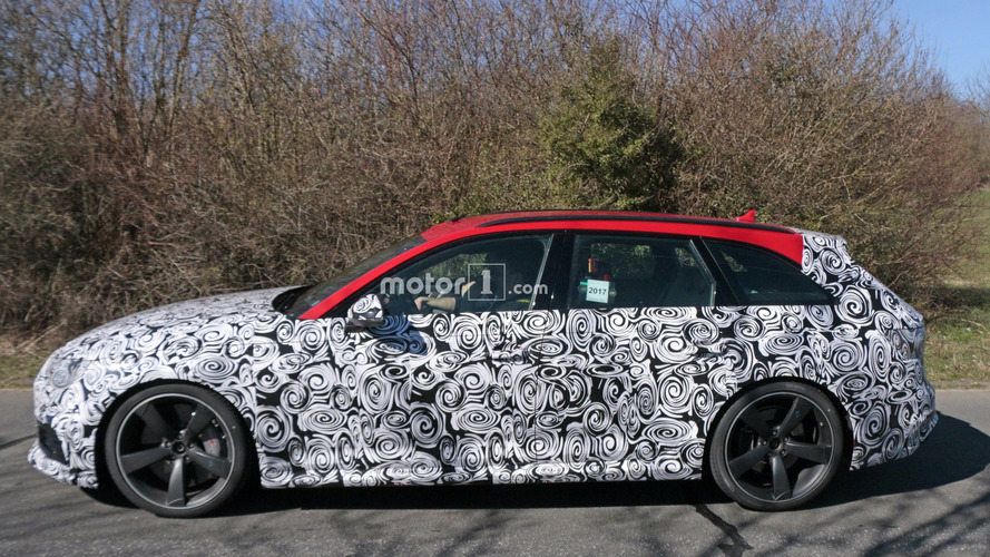 2018 Audi RS4 Avant Nürburgring civarında görüntülendi