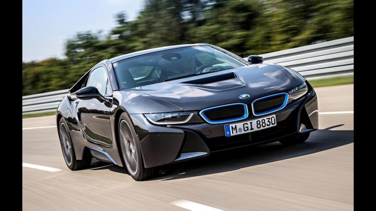 BMW i8 fica destruído após acidente em teste de rodagem
