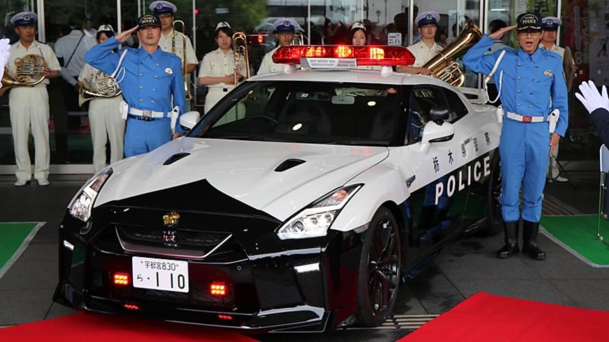 Polícia do Japão ganha superesportivo Nissan GT-R de quase R$ 1 milhão