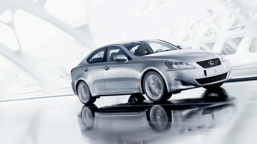 Toyota adds 1.6M vehicles to its Takata recall in U.S.