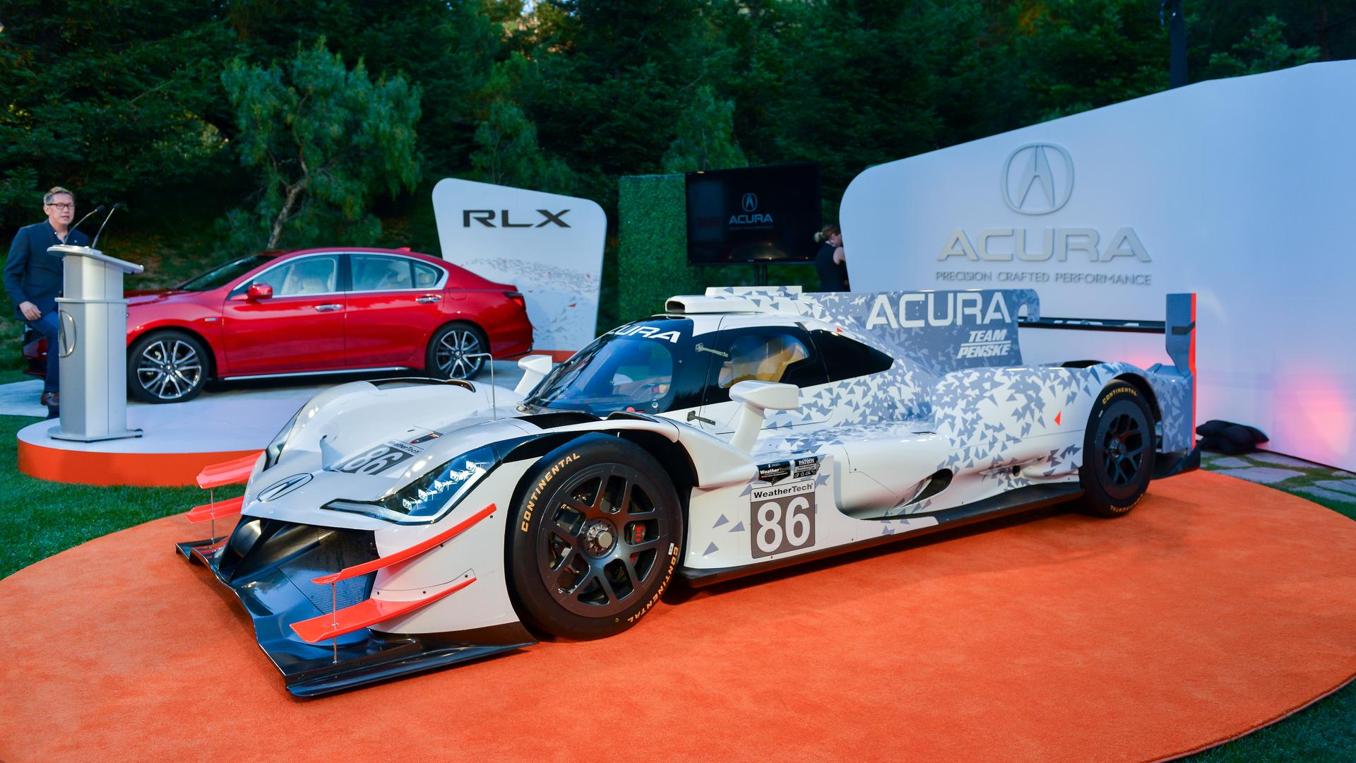 Acura Arx 05 Looks Race Ready In Monterey Hits The Track In 2018