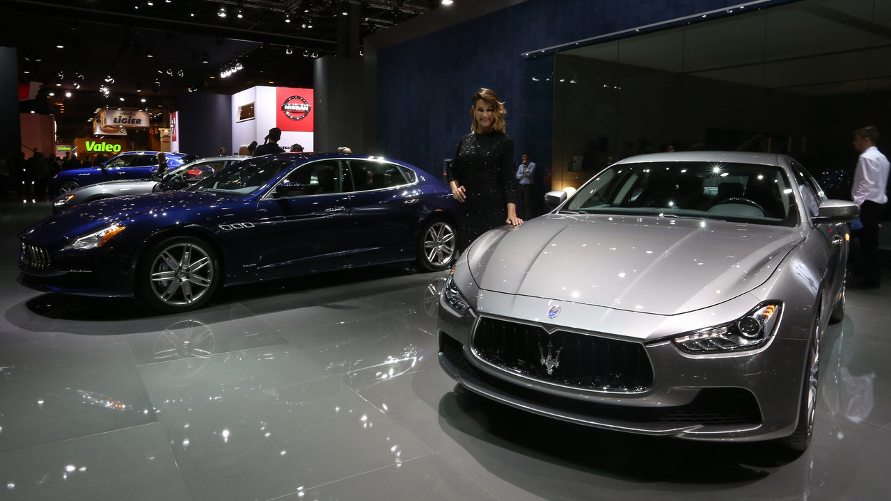 2016 maserati ghibli paris motor show foto raf galerisi. Black Bedroom Furniture Sets. Home Design Ideas