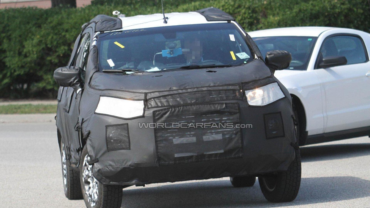 Ford Ecosport Compact SUV first spy photos 06.12.2011