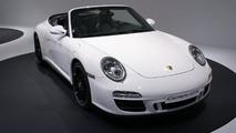 Porsche 911 GTS live in Paris 01.10.2010