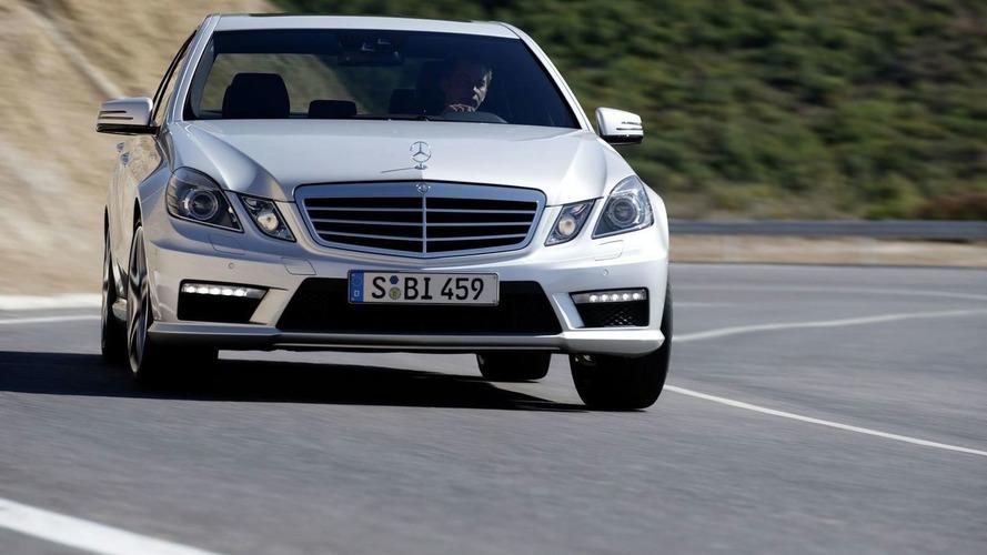2012 Mercedes E63 AMG gets more power from new 5.5 liter bi-turbo V8