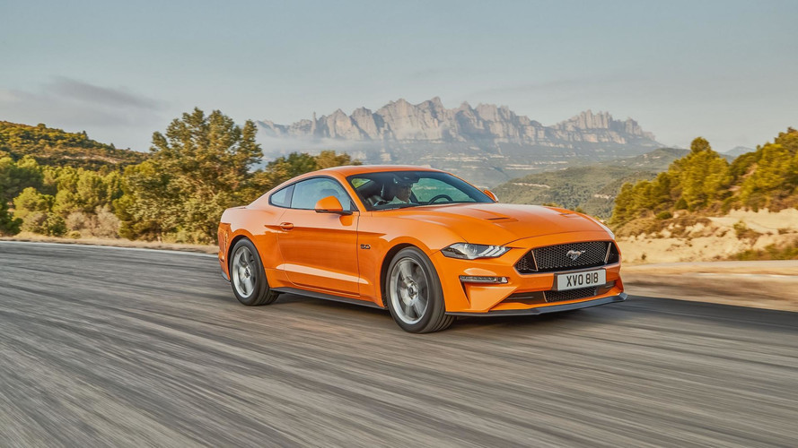 Ford Reveals Mustang Facelift