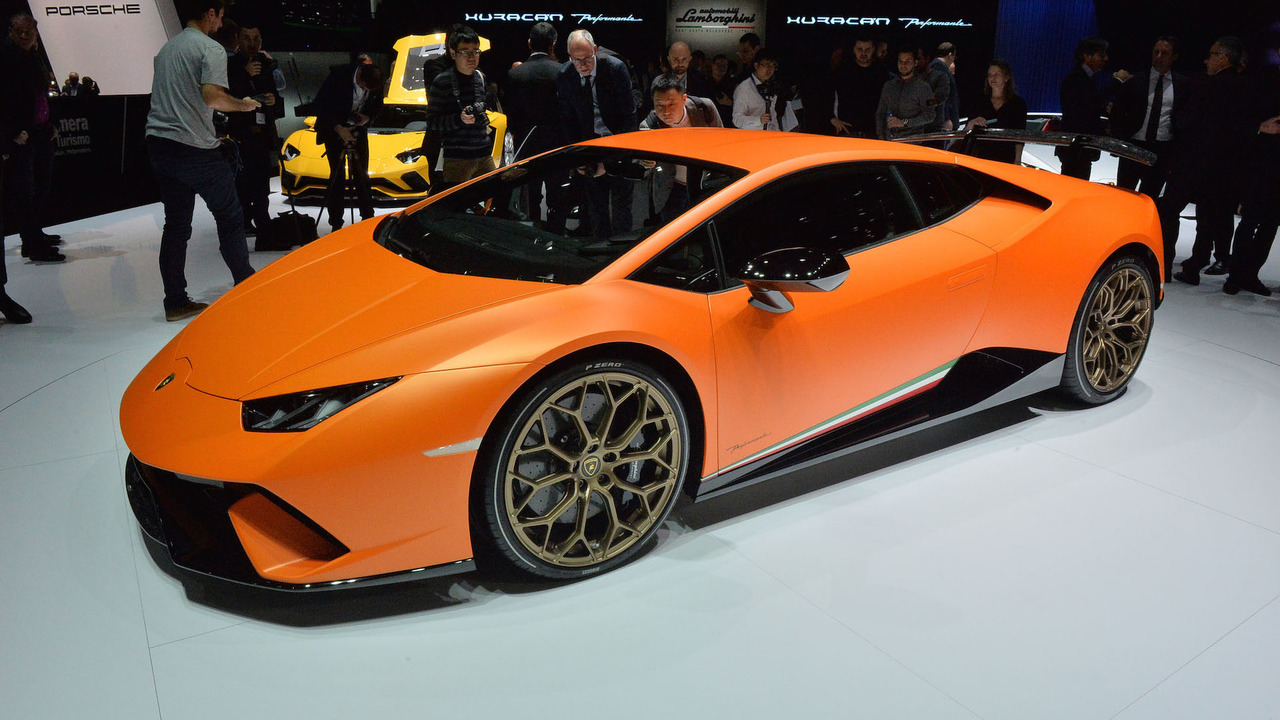lamborghini huracan performante has the brand s most powerful v10 ever. Black Bedroom Furniture Sets. Home Design Ideas