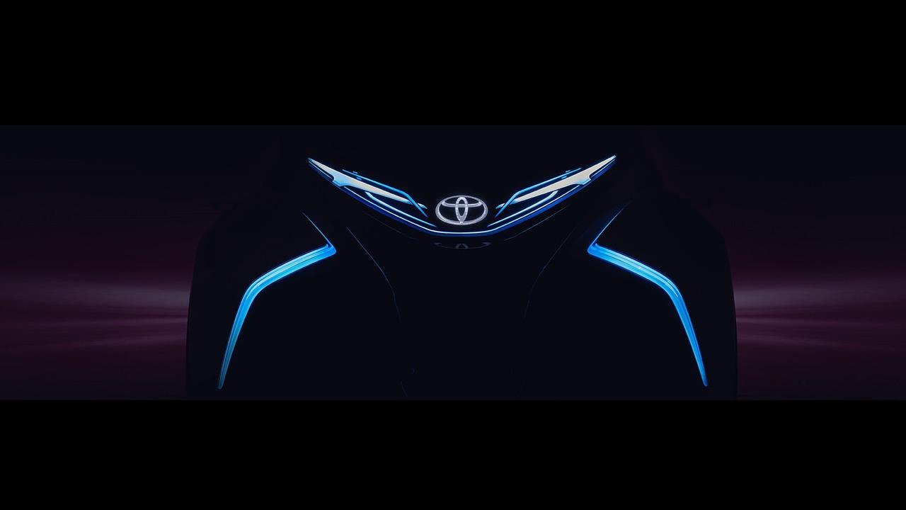 Toyota i-TRIL concept teaser