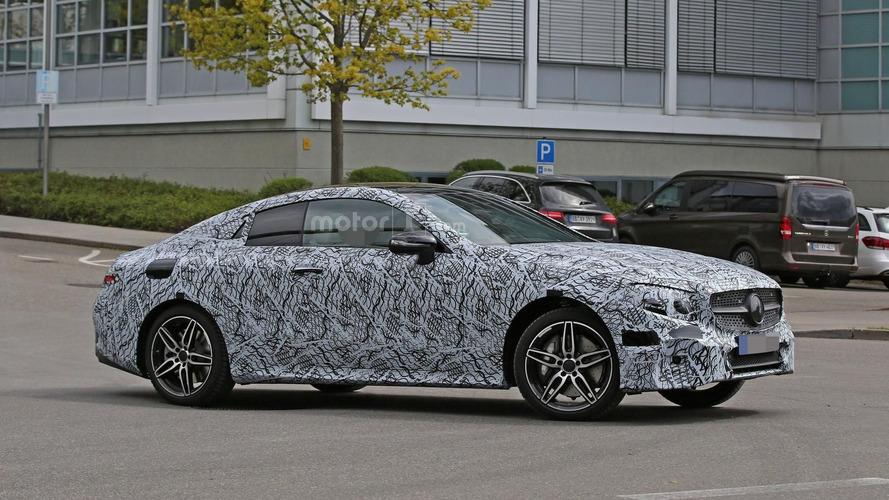 Mercedes E Class Coupe spy photos