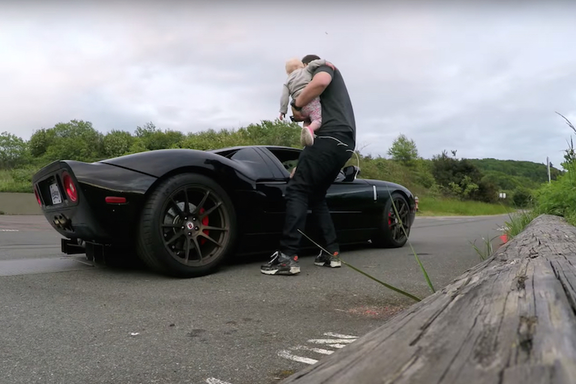 eGarage Made the Best Ford GT Application Video Yet