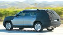 VW three-row SUV spy photo
