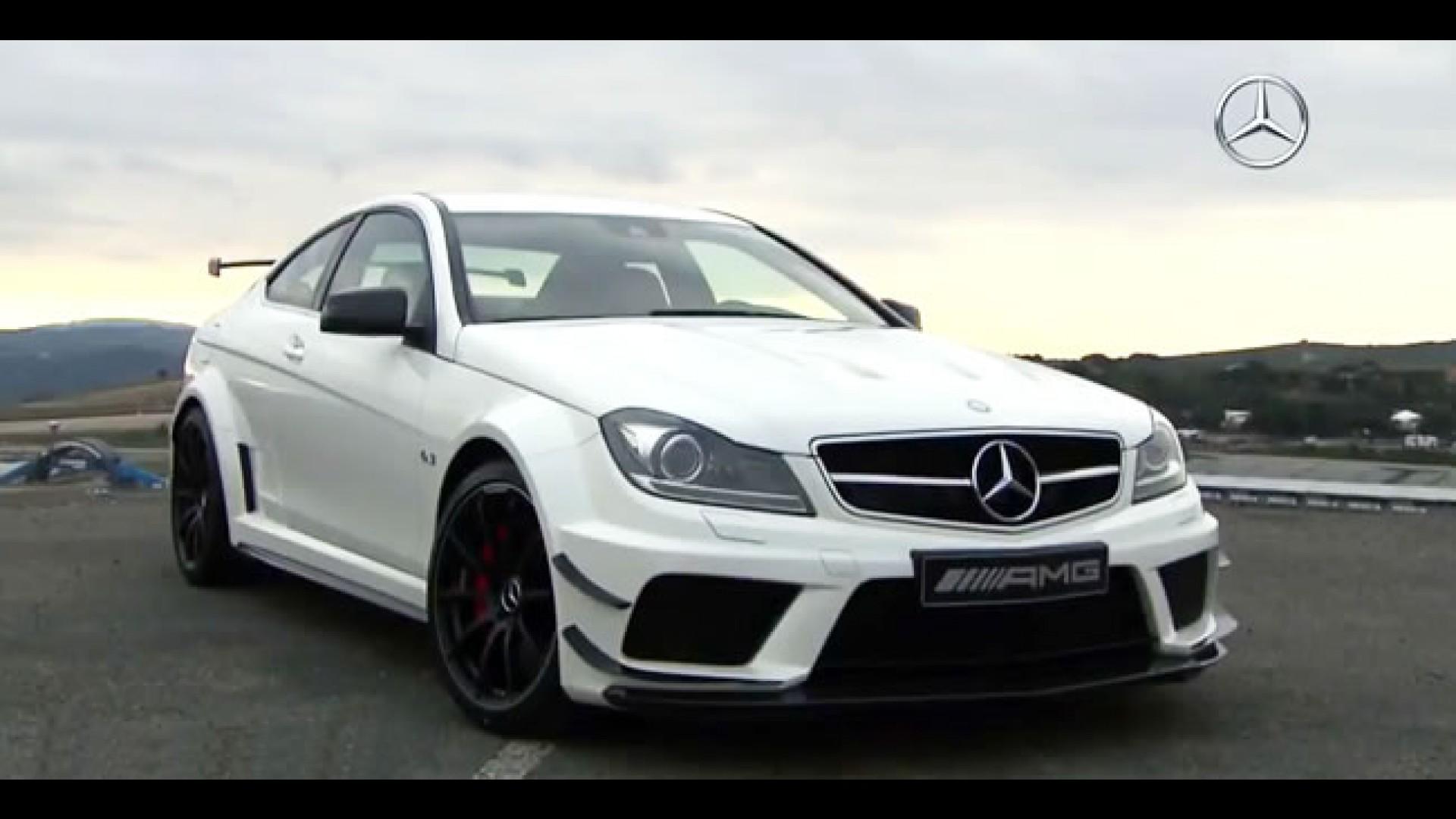 Vídeo: Mercedes Benz C63 AMG Black Series Coupé Product 2011 12 11 08:00:34
