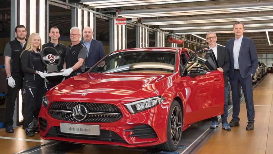 Novo Mercedes-Benz Classe A começa a ser produzido na Alemanha