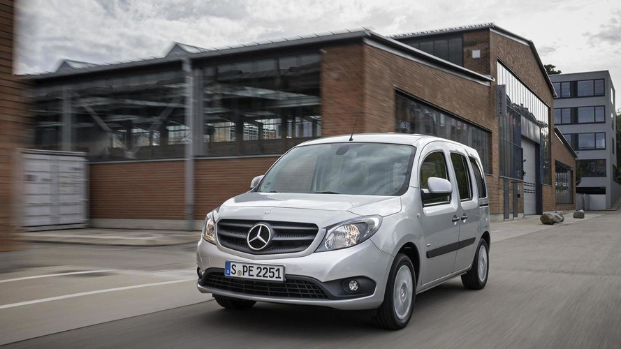 Mercedes introduces the Citan Crewbus, announces several new engines