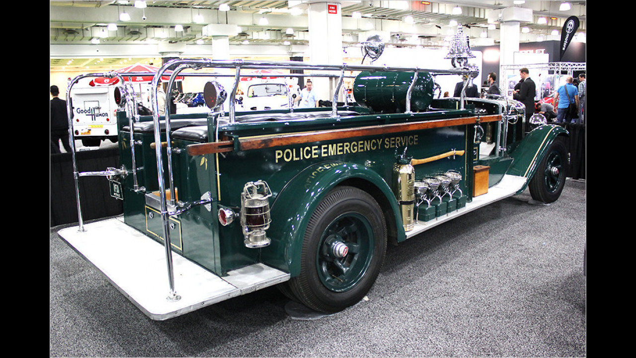 Mack Truck ESU Unit (1930)
