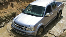 All-New Isuzu Rodeo Pickup Mixes Business with Pleasure