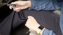 Mercedes Apple Watch app