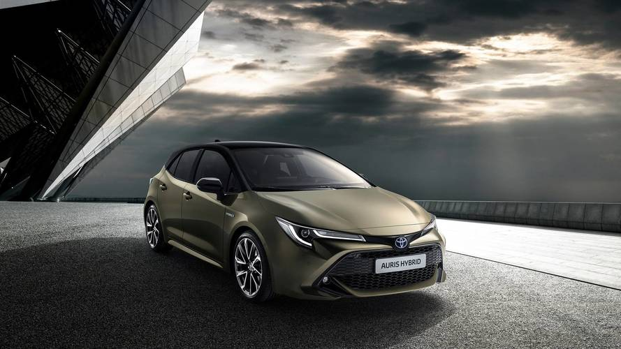 Dízelmotor nélkül, hibrid hajtáslánccal mutatták be az új Toyota Aurist