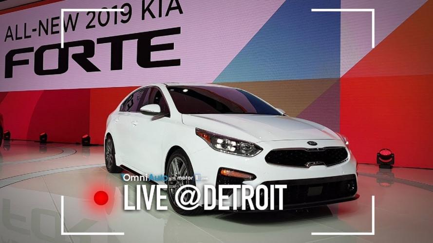 Kia Forte, debutto USA in attesa della Cee'd